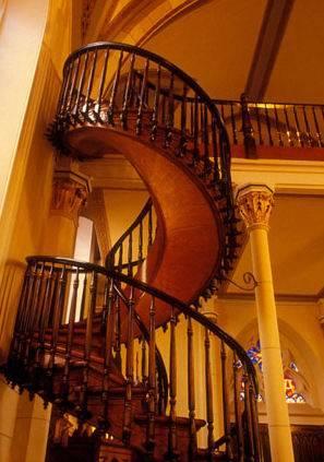 http://www.funfou.com/funimages/escalier-chapelle-loretto2.jpg